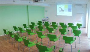 Fit.im.Hof - Seminarraum mit Bestuhlung
